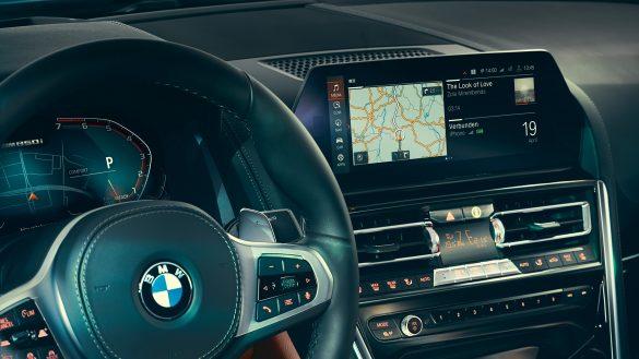 Fahrerassistenzsysteme und Connectivity des BMW 8er Coupé