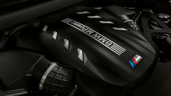 BMW X5 M High-Performance M TwinPower Turbo 8-Zylinder Benzinmotor